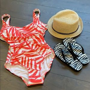 FINAL PRICE Carmen Marc Valvo Scoop Neck Swimsuit